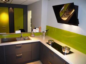 Какую вытяжку лучше выбрать для установки на кухне в составе мебельного гарнитура, отзывы потребителей
