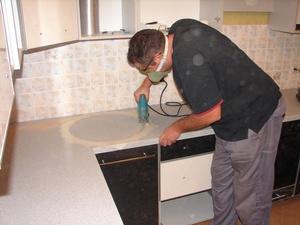 Описание процесса замены фасада и столешницы на кухне