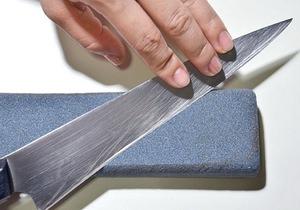 Как правильно точить ножи бруском видео